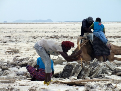First the salt is extracted from the soil. Photo: Pia Dubois